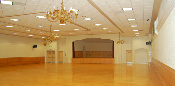 The Newark Pavilion In Newark Ca Is The Center Of Many
